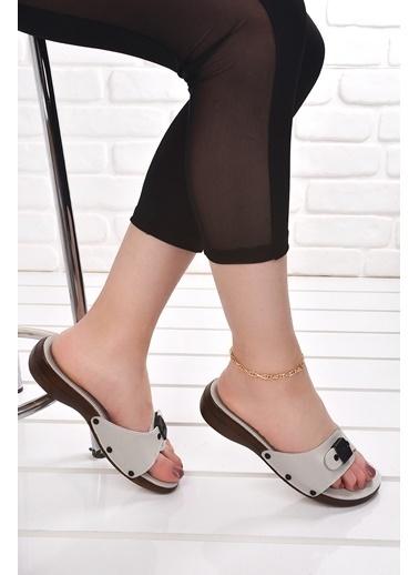 Ceyo Ceyo 6500 Minelli Orto pedik Bayan Terlik Ayakkabı Bej